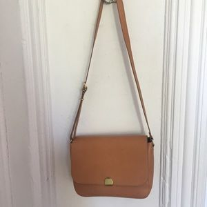 Madewell abroad shoulder bag- tan leather